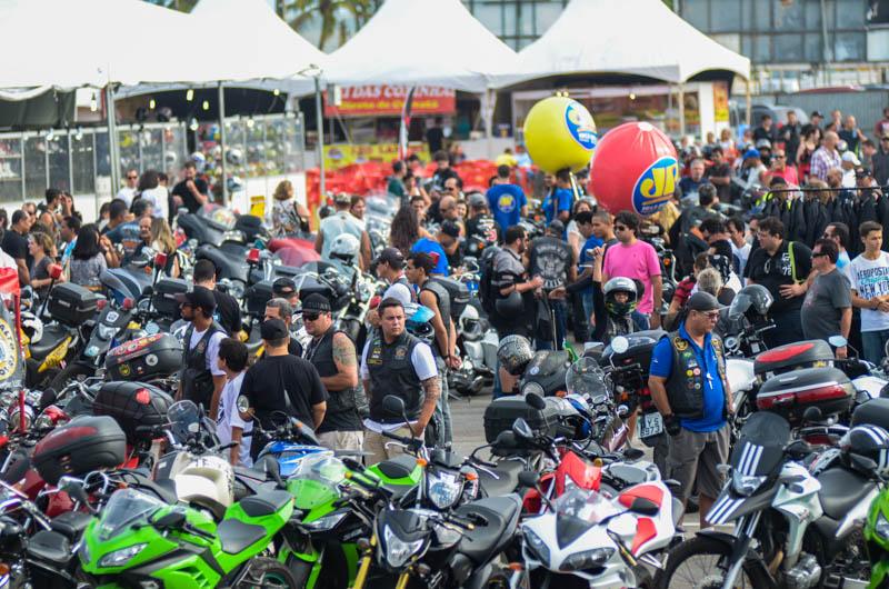 Público na primeira edição do Recife Moto Week foi de 20 mil pessoas. Foto: Anderson Stevens.