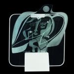 Retrato de Jaqueline - vidro com desenho gravado em dois planos. Foto Robson Lemos - Super Imagem