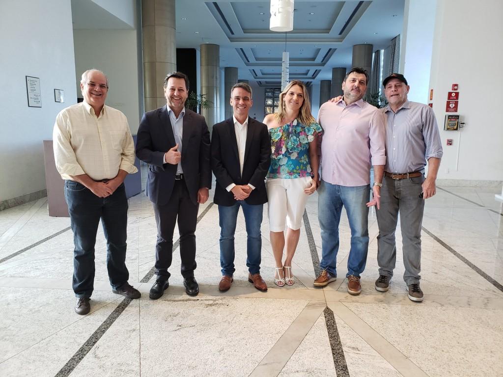 Parte da nova diretoria Assespro Nacional - Alcides Pires, Luis Mário Luchetta, Italo Nogueira , Leticia Batistela, Sandro Moles e Robert Janssen.