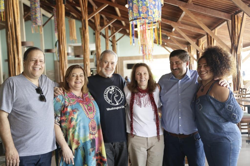 Giovanni Papaléo, primeira dama Fatima Felix, Airto Moreira, Flora Purim, prefeiro Joaquim Neto e Adriana Papaléo. Foto Ricardo Labá.